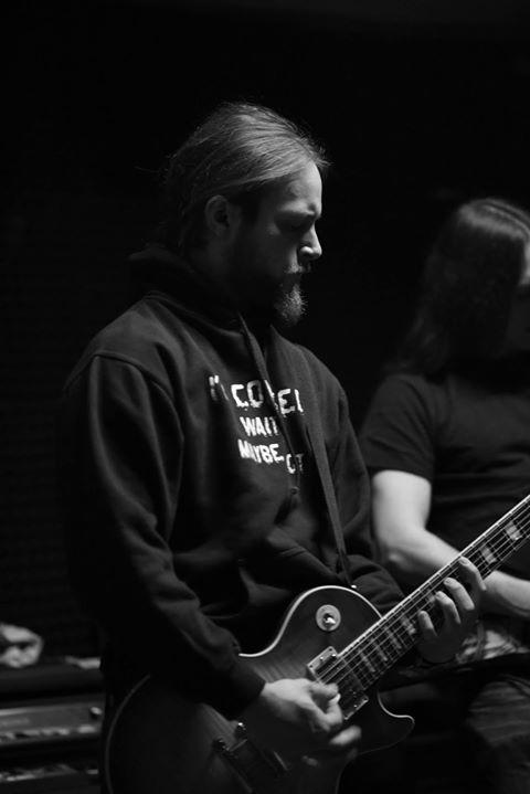 Dennis - Guitar